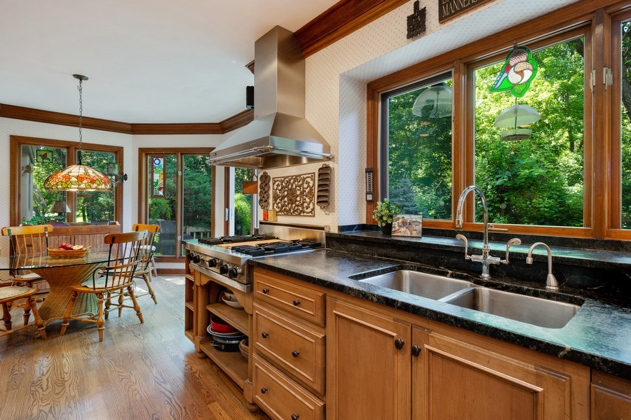 Real Estate Photography - 258 Pebble Creek Drive, Tower Lakes, IL, 60010 - Kitchen