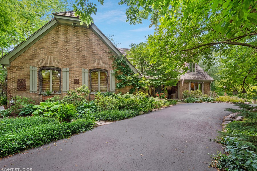 Real Estate Photography - 258 Pebble Creek Drive, Tower Lakes, IL, 60010 - Front View