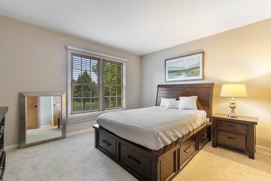 Real Estate Photography - 924 Erb Farm Lane, Naperville, IL, 60563 - 2nd Bedroom