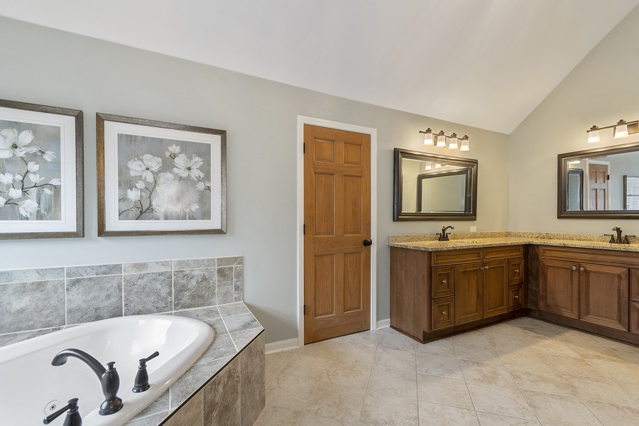 Real Estate Photography - 924 Erb Farm Lane, Naperville, IL, 60563 - His and Hers vanity, jet tub, enlarged shower