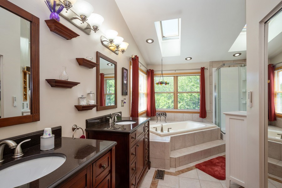 Real Estate Photography - 324 Ridgewood Drive, Bloomingdale, IL, 60108 - Master Bathroom
