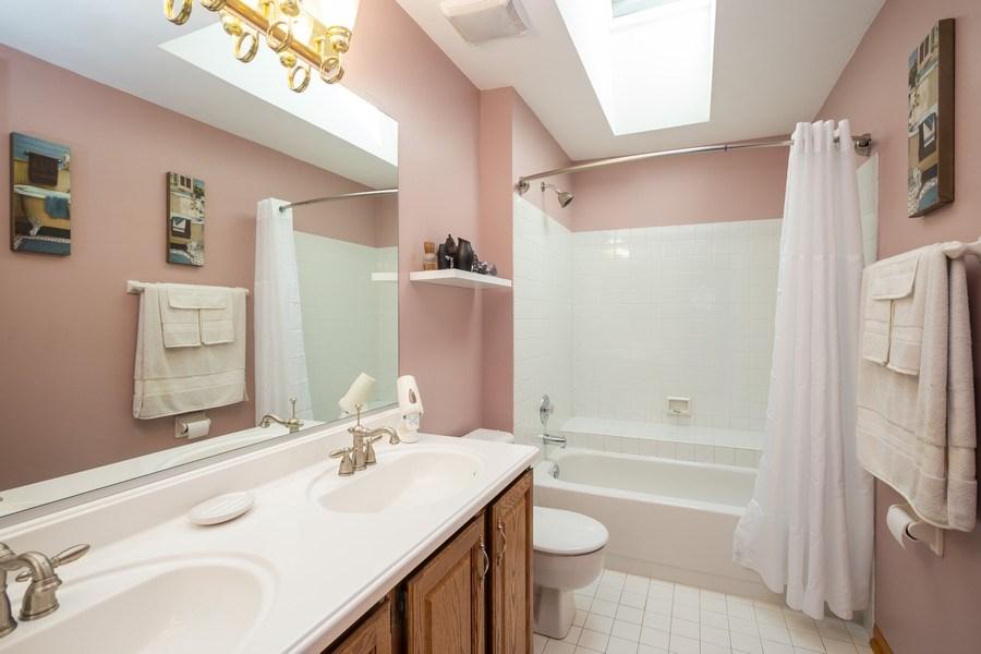 Real Estate Photography - 324 Ridgewood Drive, Bloomingdale, IL, 60108 - Bathroom