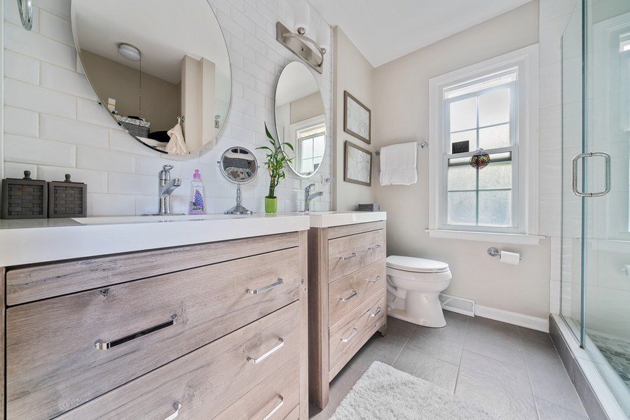 Real Estate Photography - 366 Indian Dr, Glen Ellyn, IL, 60137 - Master Bathroom