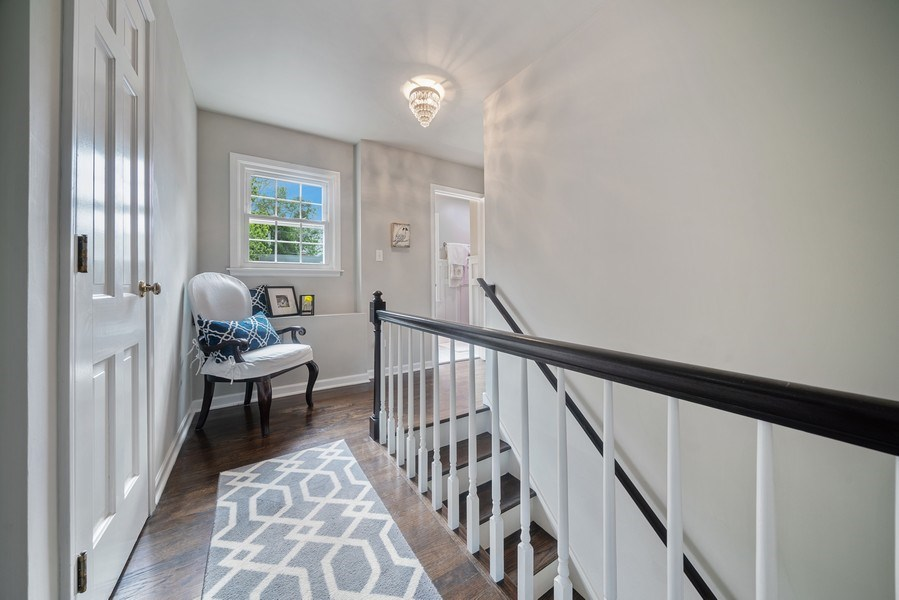 Real Estate Photography - 366 Indian Dr, Glen Ellyn, IL, 60137 - 2nd Floor Corridor