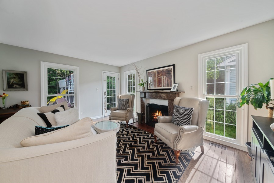 Real Estate Photography - 366 Indian Dr, Glen Ellyn, IL, 60137 - Family Room