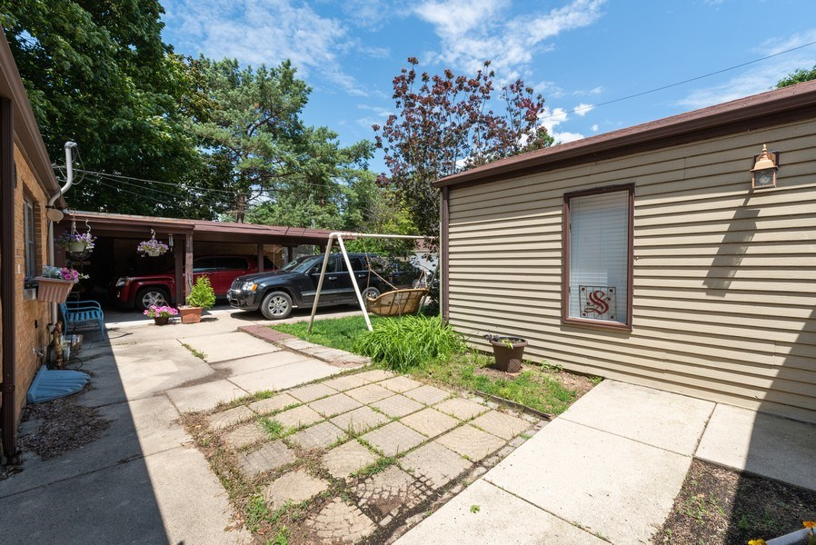 Real Estate Photography - 822 N. Washington Street, Naperville, IL, 60563 - Back Yard