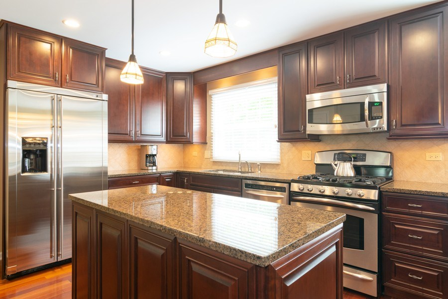 Real Estate Photography - 501 S. Brighton Lane, Palatine, IL, 60067 - Kitchen