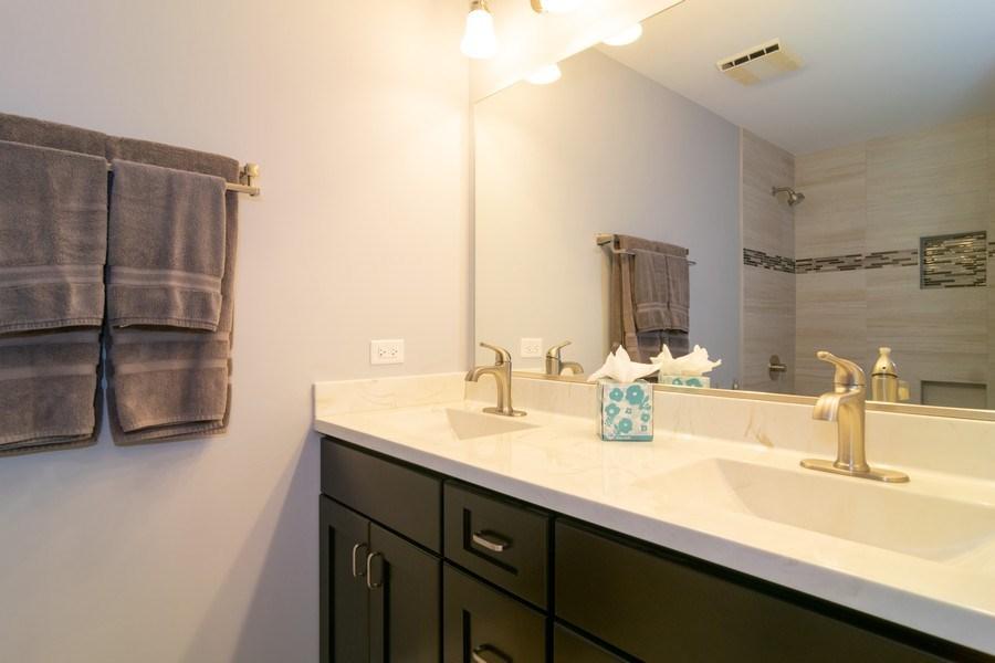 Real Estate Photography - 501 S. Brighton Lane, Palatine, IL, 60067 - Hall Bath