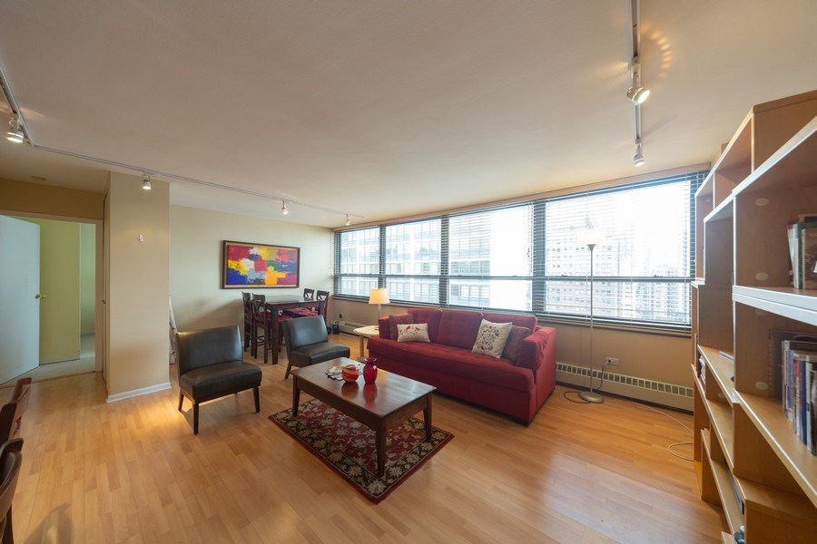 Real Estate Photography - 33 E. Cedar Street, Unit 19C, Chicago, IL, 60611 - Living Room