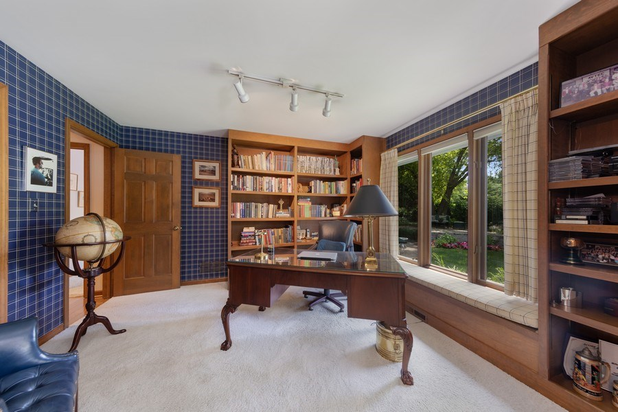 Real Estate Photography - 871 Baker Court, Glen Ellyn, IL, 60137 - Den / Bedroom 3