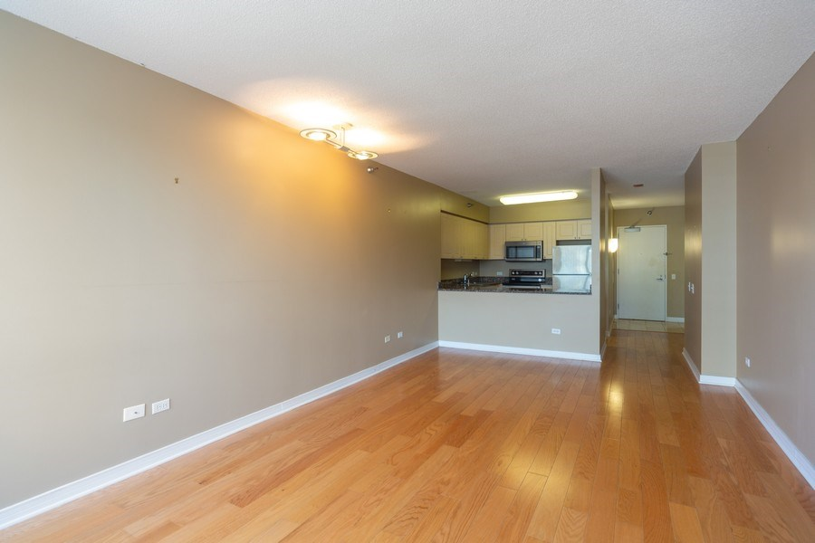 Real Estate Photography - 512 N. McClurg Court, Unit 3412, Chicago, IL, 60611 - Kitchen / Dining Room