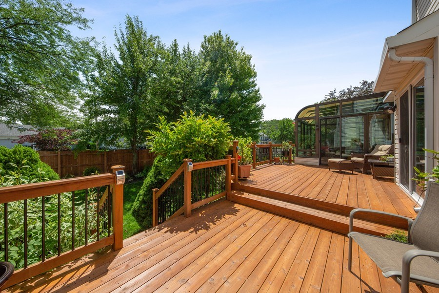 Real Estate Photography - 2015 Spice Circle, Naperville, IL, 60565 - Deck