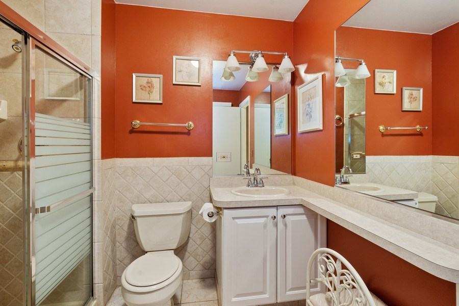 Real Estate Photography - 502 S. Reuter Drive, Arlington Heights, IL, 60005 - Master Bathroom