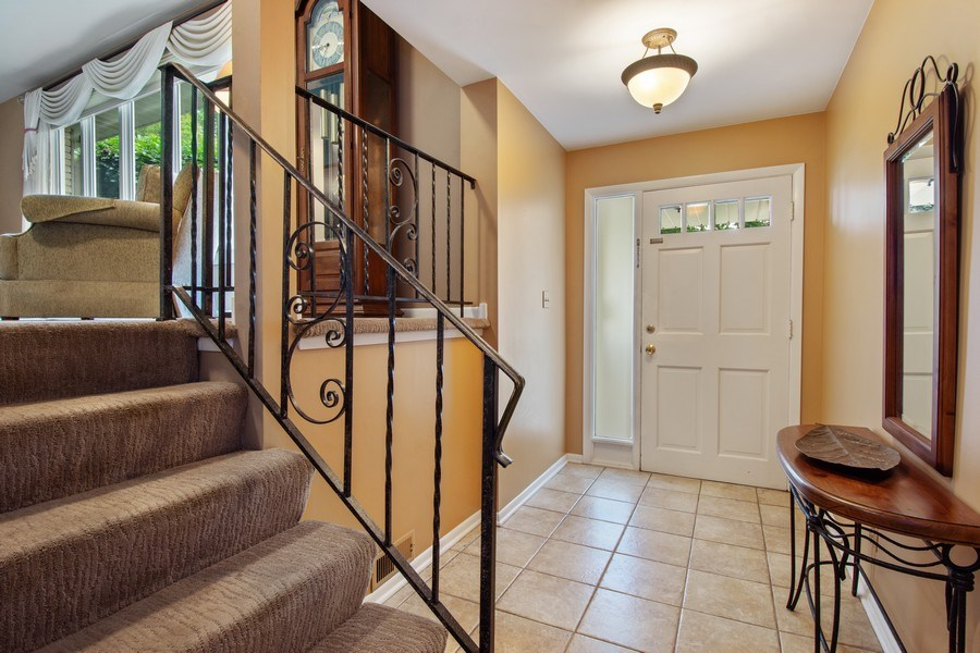 Real Estate Photography - 502 S. Reuter Drive, Arlington Heights, IL, 60005 - Entryway