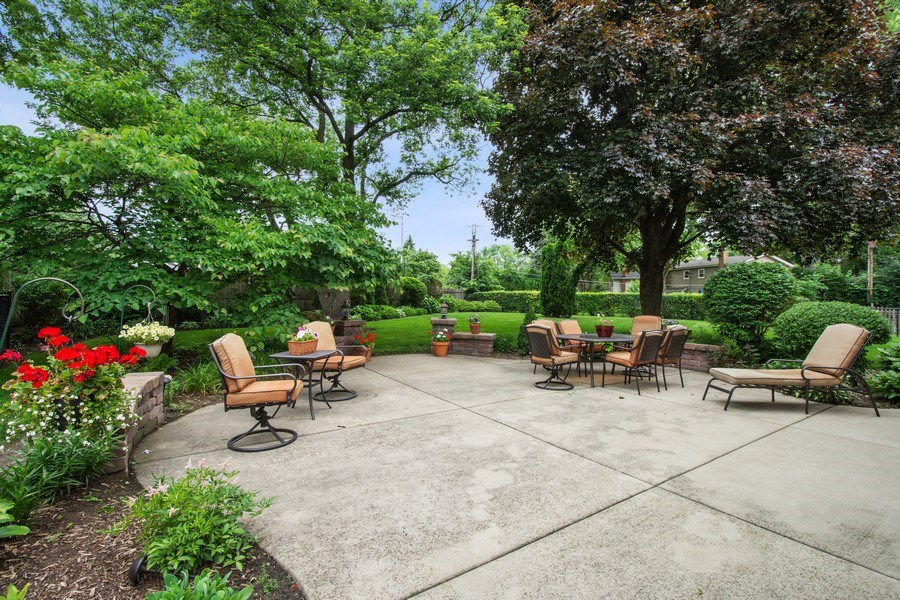 Real Estate Photography - 502 S. Reuter Drive, Arlington Heights, IL, 60005 - Patio