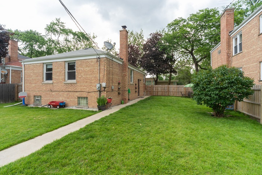 Real Estate Photography - 1028 Linden Avenue, Bellwood, IL, 60104 - Rear View