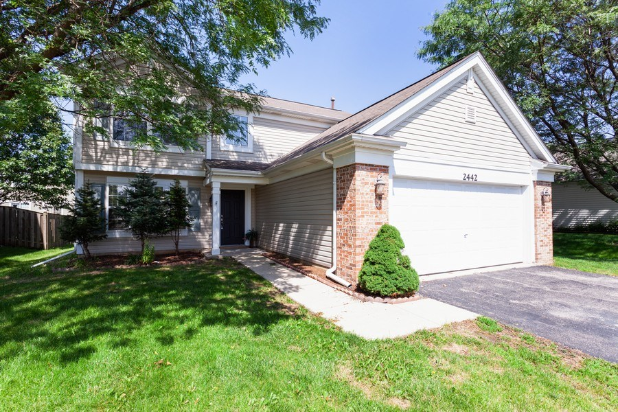 Real Estate Photography - 2442 Halsted Lane, Aurora, IL, 60503 - Front View