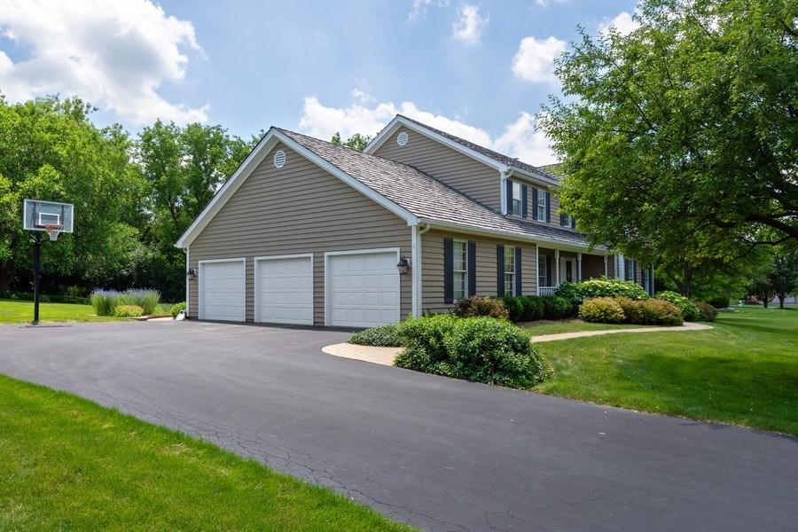 Real Estate Photography - 22480 N. Linden Drive, Lake Barrington, IL, 60010 - Garage