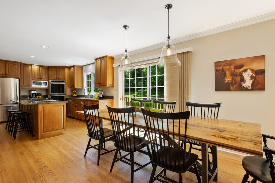 Real Estate Photography - 22480 N. Linden Drive, Lake Barrington, IL, 60010 - Eating Area