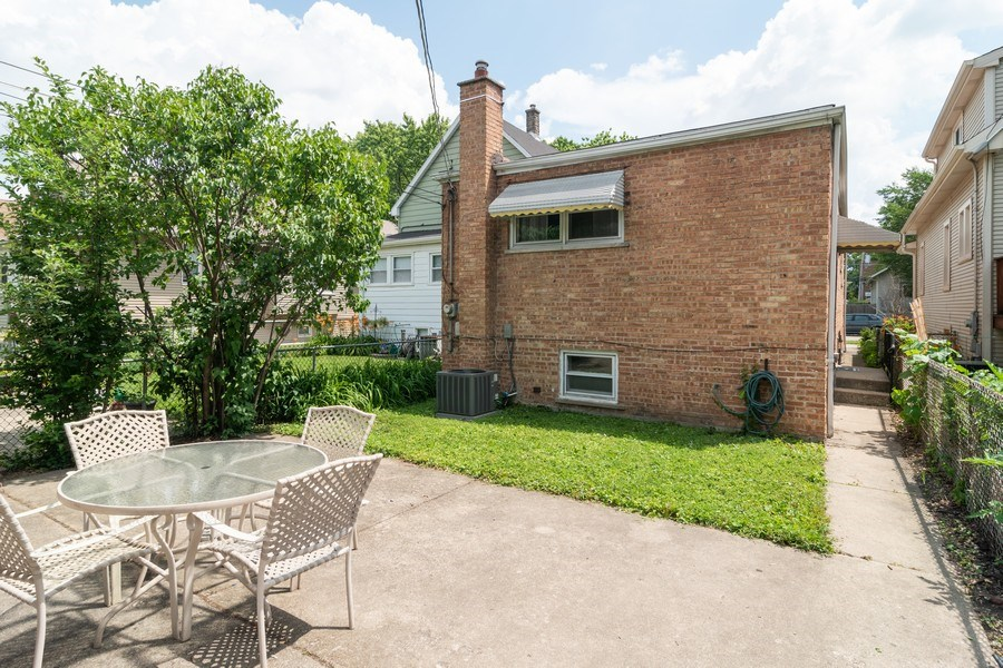 Real Estate Photography - 829.5 Thomas Ave, Forest Park, IL, 60130 - Rear View