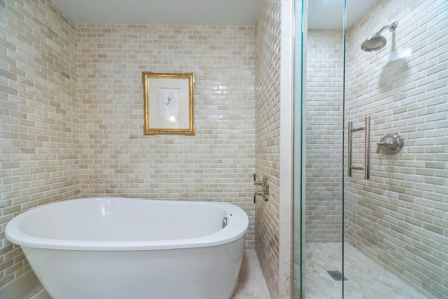 Real Estate Photography - 25 E. SUPERIOR Street, Unit 3205, Chicago, IL, 60611 - Master Bathroom