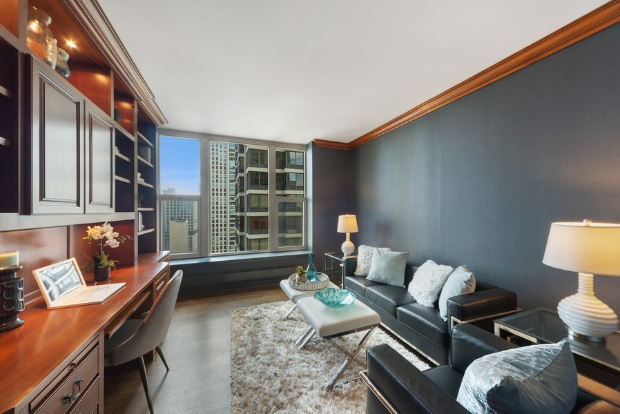 Real Estate Photography - 25 E. SUPERIOR Street, Unit 3205, Chicago, IL, 60611 - Den/Second Bedroom