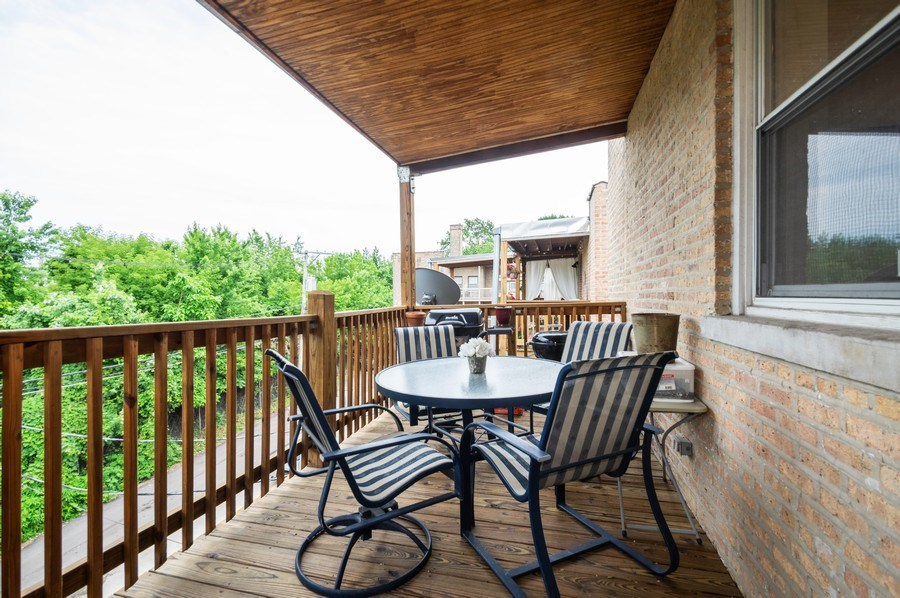 Real Estate Photography - 7321 N. Honore Street, Unit 3S, Chicago, IL, 60626 - Deck