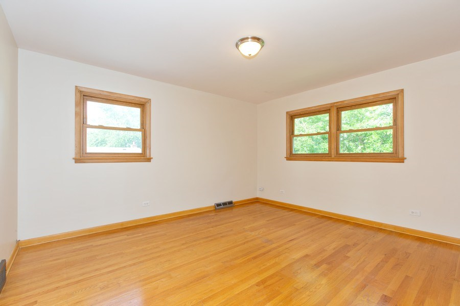 Real Estate Photography - 17538 70th Court, Tinley Park, IL, 60477 - Master Bedroom