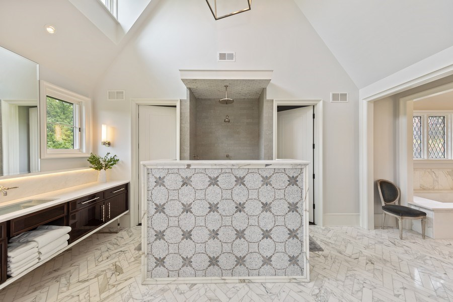 Real Estate Photography - 7430 Arbor Avenue, Burr Ridge, IL, 60527 - Master Bathroom