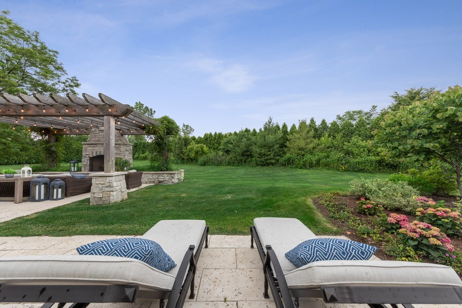 Real Estate Photography - 7430 Arbor Avenue, Burr Ridge, IL, 60527 - Back Yard