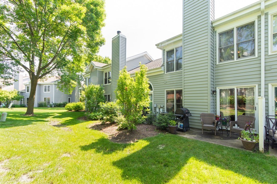 Real Estate Photography - 1950 N. Coldspring Road, Arlington Heights, IL, 60004 - Rear View