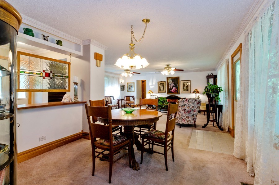 Real Estate Photography - 35W249 COUNTRY SCHOOL Road, Dundee, IL, 60118 - Dining Room