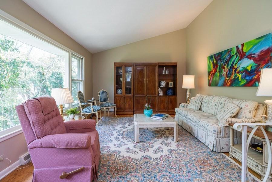Real Estate Photography - 107 N. Kaspar Avenue, Arlington Heights, IL, 60005 - Living Room