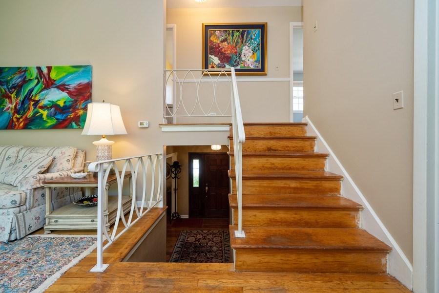 Real Estate Photography - 107 N. Kaspar Avenue, Arlington Heights, IL, 60005 - 2nd Floor Corridor