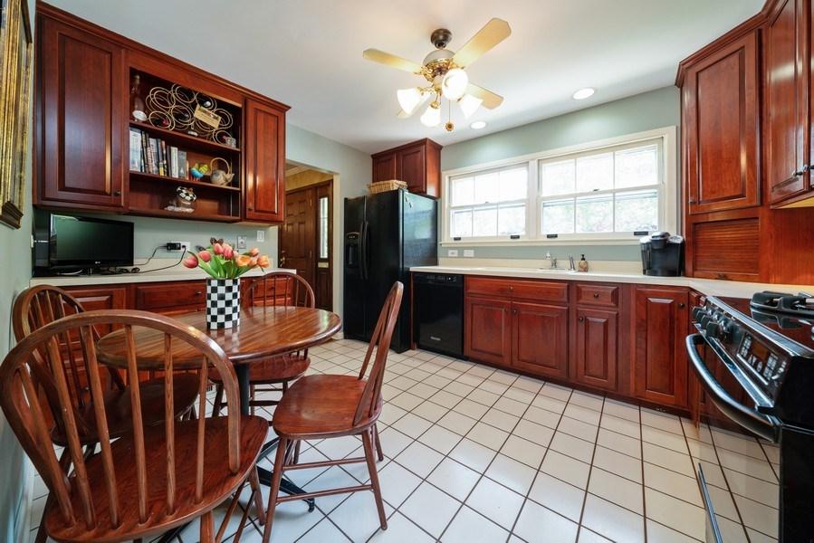 Real Estate Photography - 107 N. Kaspar Avenue, Arlington Heights, IL, 60005 - Kitchen