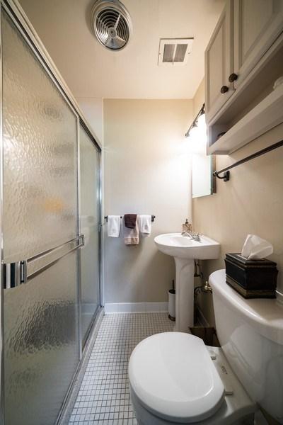 Real Estate Photography - 107 N. Kaspar Avenue, Arlington Heights, IL, 60005 - 2nd Bathroom