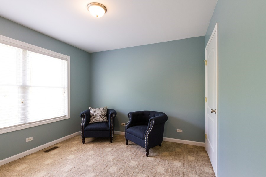 Real Estate Photography - 15 Ash Drive, Oakwood Hills, IL, 60013 - 2nd Bedroom