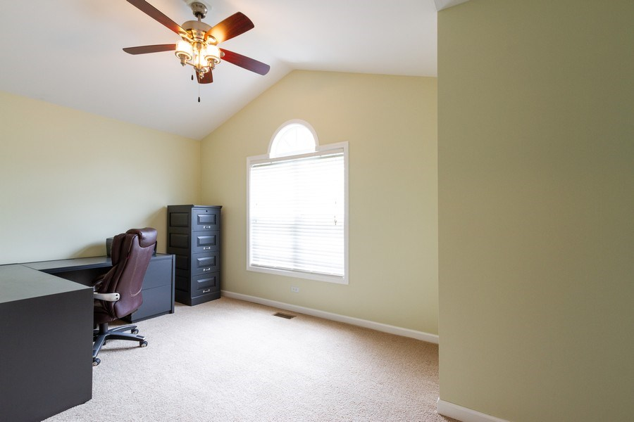 Real Estate Photography - 15 Ash Drive, Oakwood Hills, IL, 60013 - 3rd Bedroom