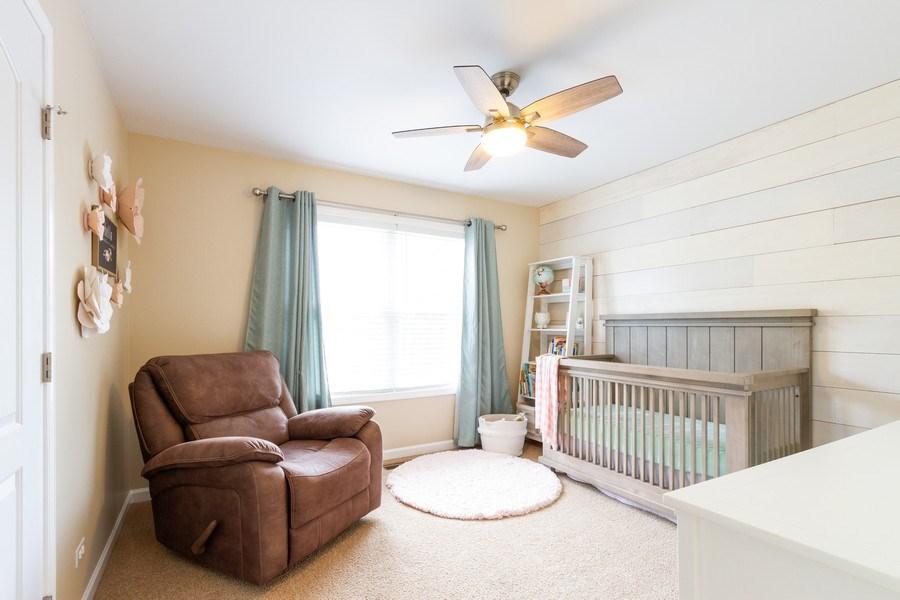 Real Estate Photography - 15 Ash Drive, Oakwood Hills, IL, 60013 - Bedroom