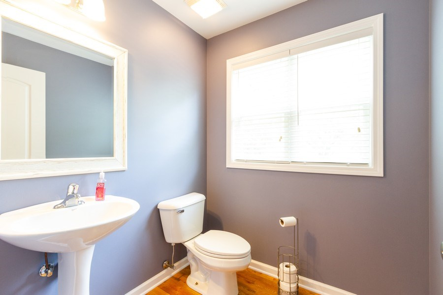 Real Estate Photography - 15 Ash Drive, Oakwood Hills, IL, 60013 - Powder Room