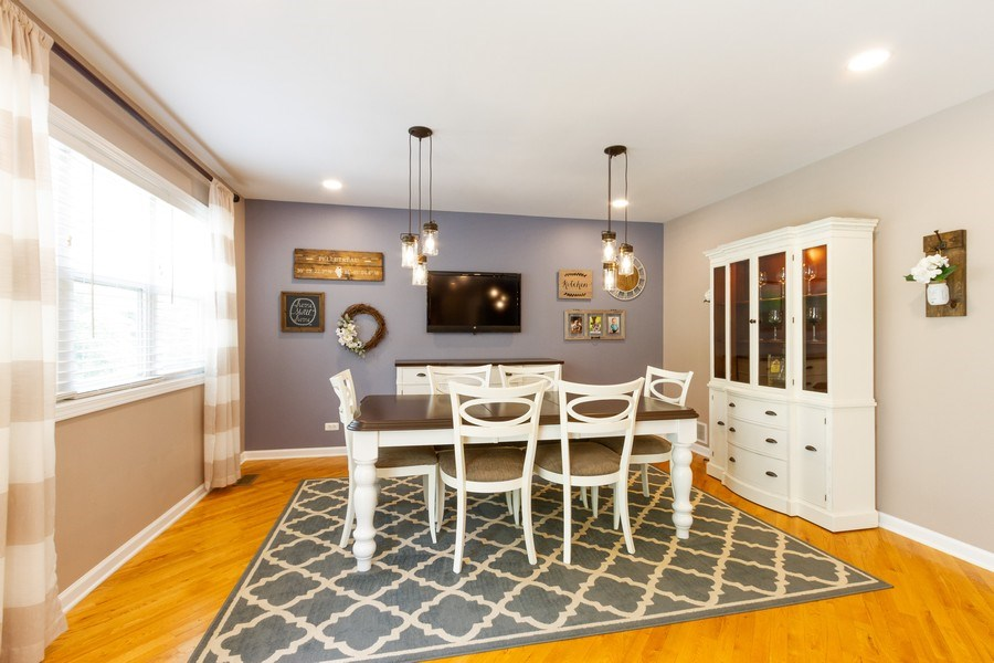 Real Estate Photography - 15 Ash Drive, Oakwood Hills, IL, 60013 - Dining Area