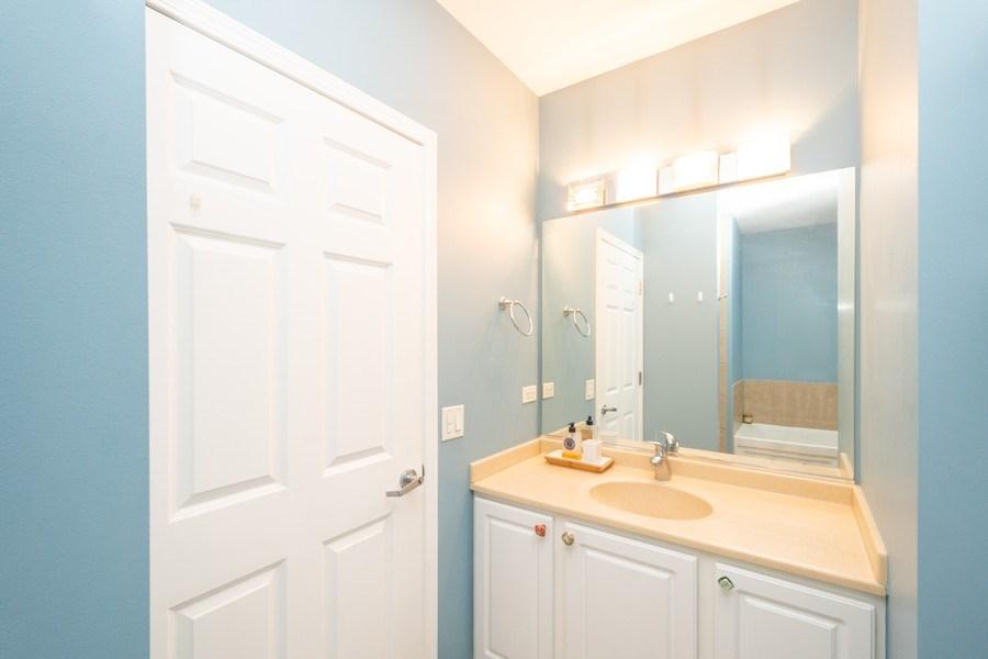 Real Estate Photography - 8 W. MONROE Street, Unit 908, Chicago, IL, 60603 - Master Bathroom