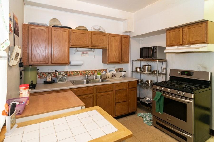 Real Estate Photography - 1409 Harlem Ave, Berwyn, IL, 60402 - Kitchen