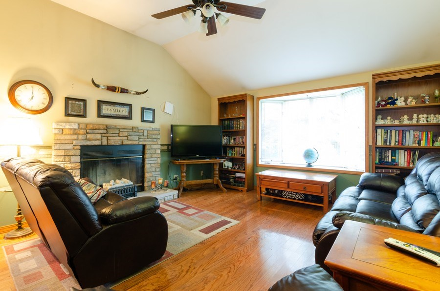 Real Estate Photography - 35W252 Country School Road, Dundee, IL, 60118 - Family Room - Main Level Unit