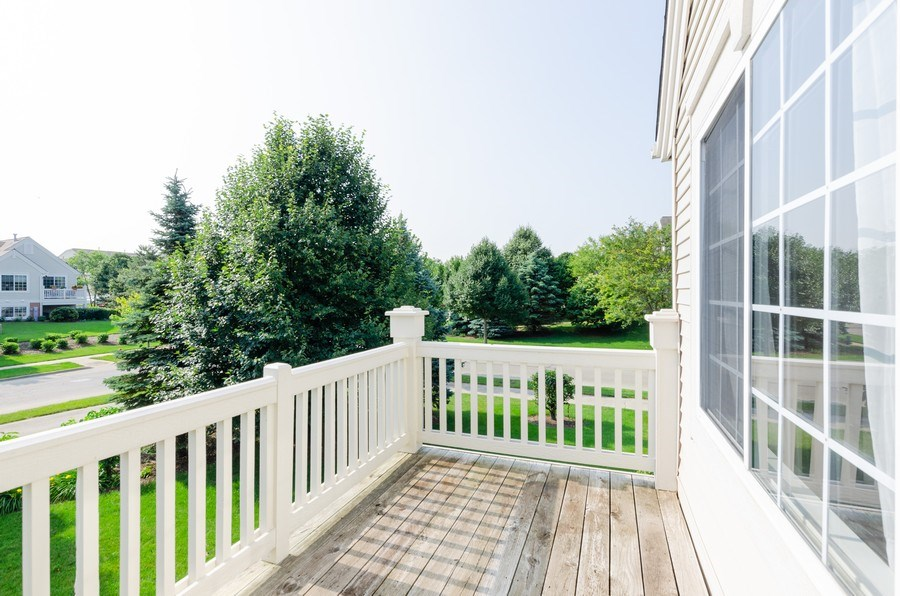 Real Estate Photography - 414 Cary Woods Circle, Unit 0, Cary, IL, 60013 - Balcony