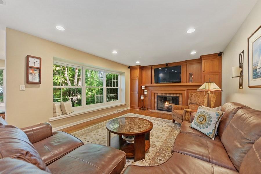 Real Estate Photography - 1937 Buckingham Drive, Wheaton, IL, 60189 - Family Room