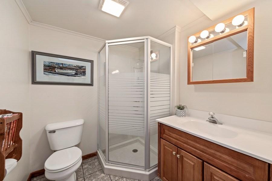 Real Estate Photography - 1937 Buckingham Drive, Wheaton, IL, 60189 - Bathroom