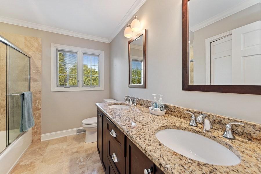 Real Estate Photography - 1937 Buckingham Drive, Wheaton, IL, 60189 - 2nd Bathroom