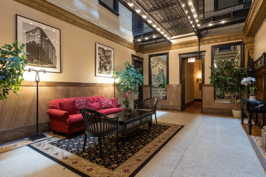 Real Estate Photography - 2800 N. PINE GROVE Avenue, Unit 3C, Chicago, IL, 60657 - Lobby