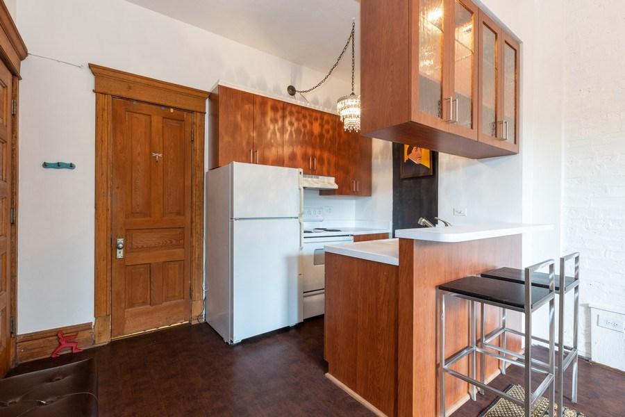 Real Estate Photography - 2800 N. PINE GROVE Avenue, Unit 3C, Chicago, IL, 60657 - Kitchen